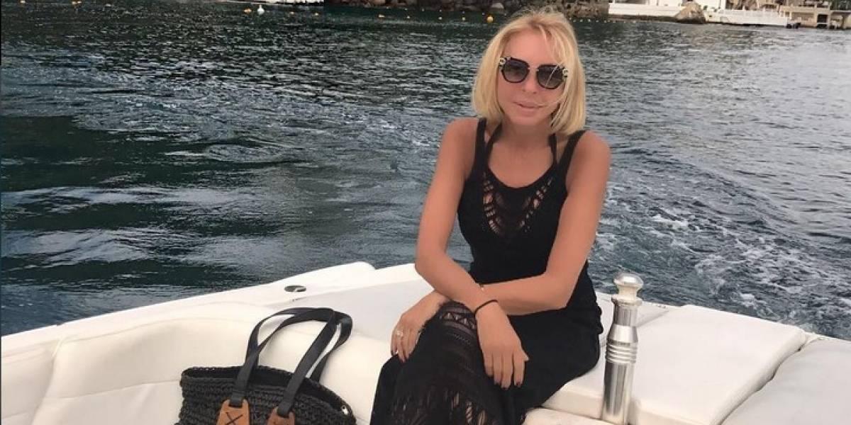 Laura Bozzo presume su cuerpo en traje de baño