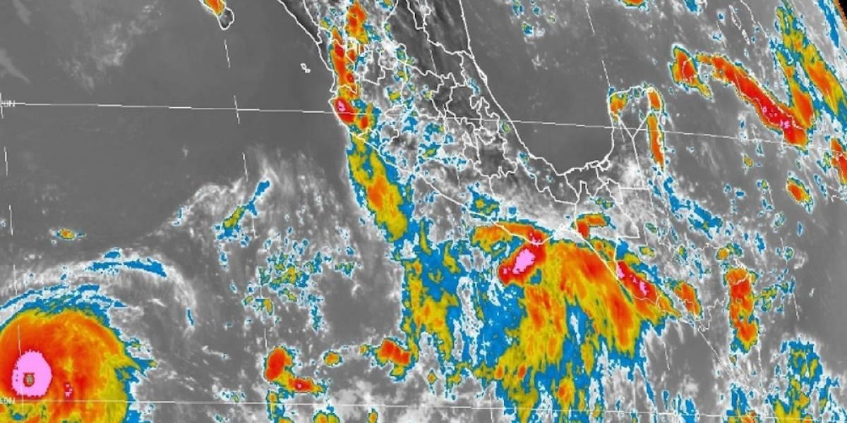 Huracán Fernanda alcanza categoría 4 en el Pacífico