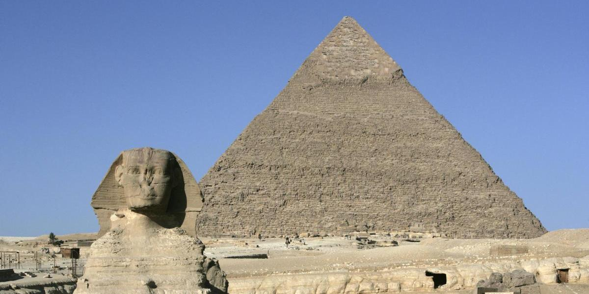 Viernes violento en Egipto: 6 turistas apuñalados, 5 policías asesinados