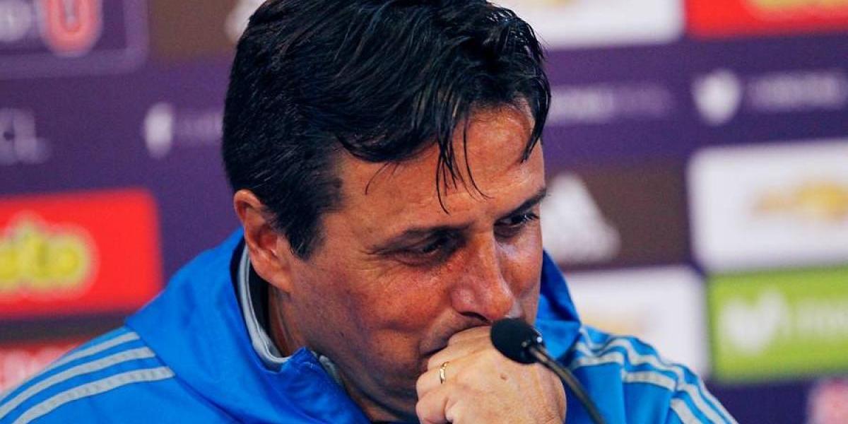 """Hoyos emocionado por su renovación en la U: """"Es un club único del que no te quieres ir"""""""