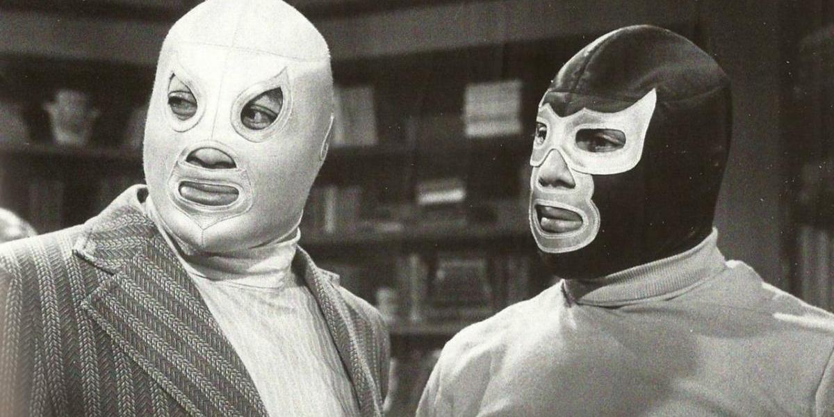 ¡Memorabilia incompleta! La máscara que desapareció de la 'vitrina' de El Santo