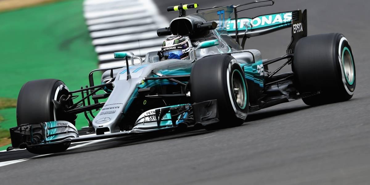 Bottas surpreende Hamilton e garante a pole em Abu Dabi; Massa largará em décimo