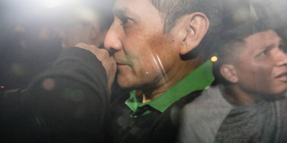 Los ex presidentes y rivales, Humala y Fujimori, juntos en la cárcel en Perú