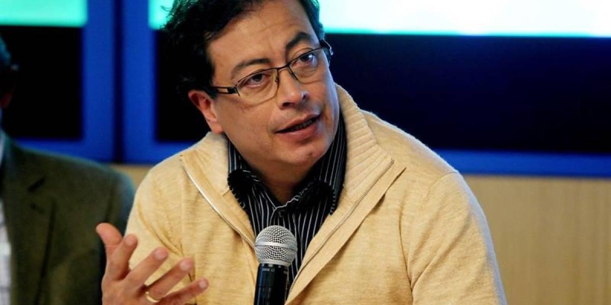 Petro denuncia que el gobernador de Antioquia prohibió una conferencia que tenía programada