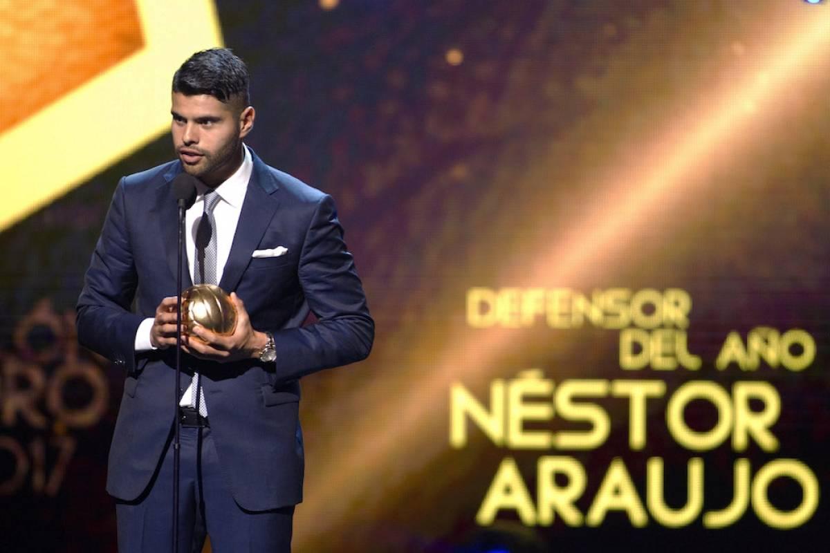 Mejor Defensa: Néstor Araujo / Mexsport