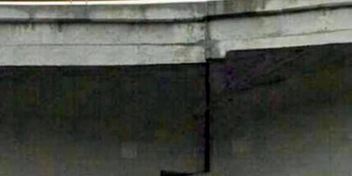 Advierten en redes de daño a puente en Cuernavaca tras socavón; SCT responde