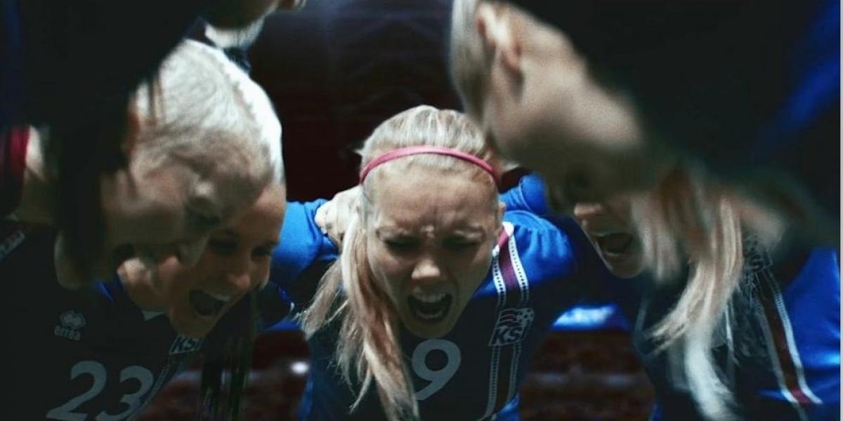Brutal video de futbol femenino está rompiendo las redes sociales