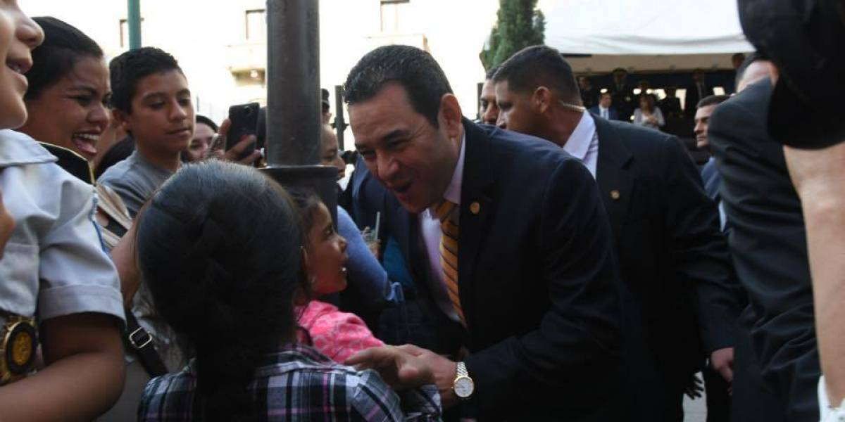 Jimmy Morales era quien tenía su firma en las cuentas de FCN-Nación