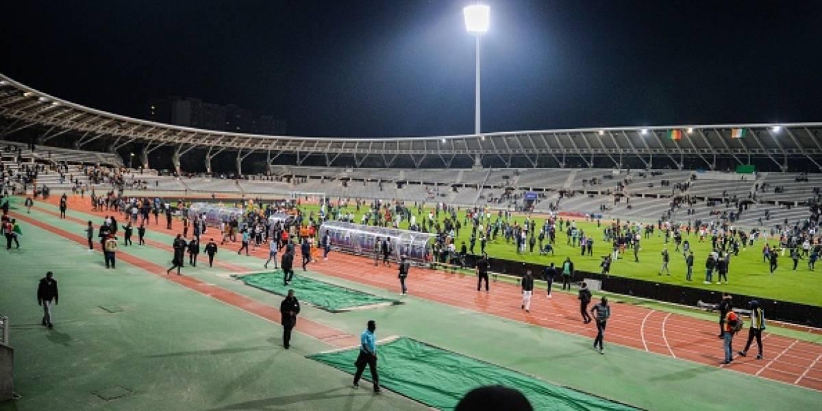 ¡Trágico! Mueren ocho personas y 49 heridas en estadio de futbol