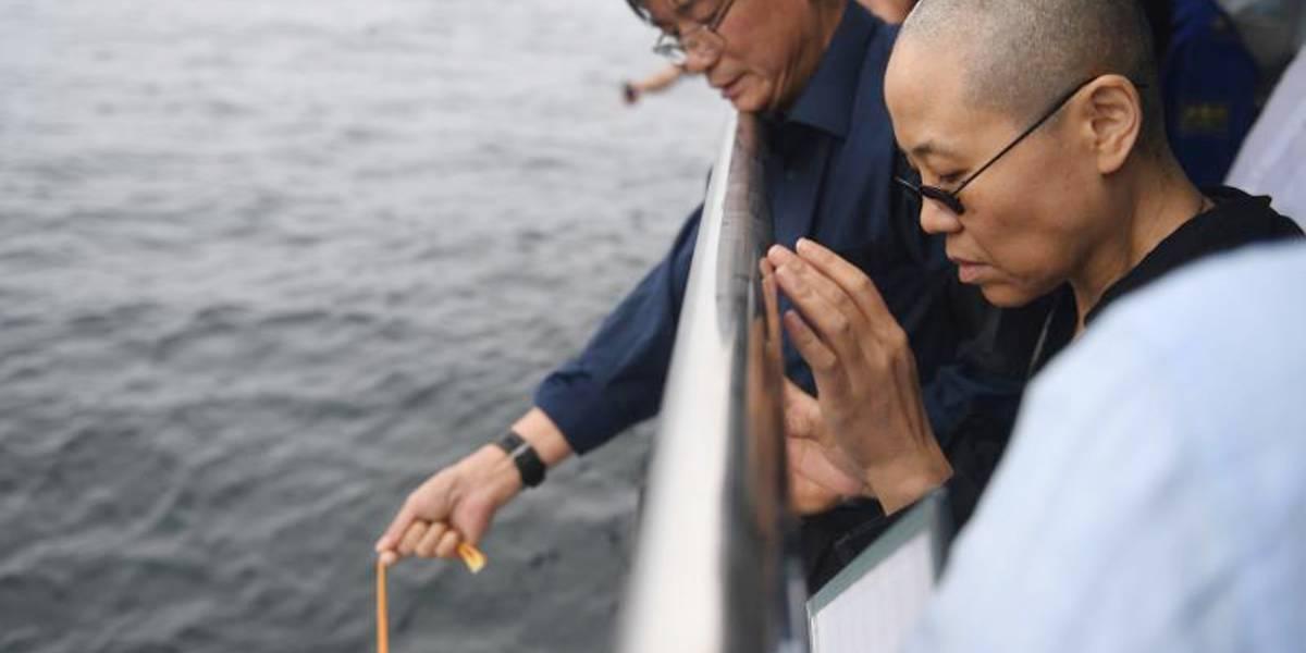 Las cenizas del Premio Nobel de la Paz Liu Xiaobo fueron arrojadas al mar