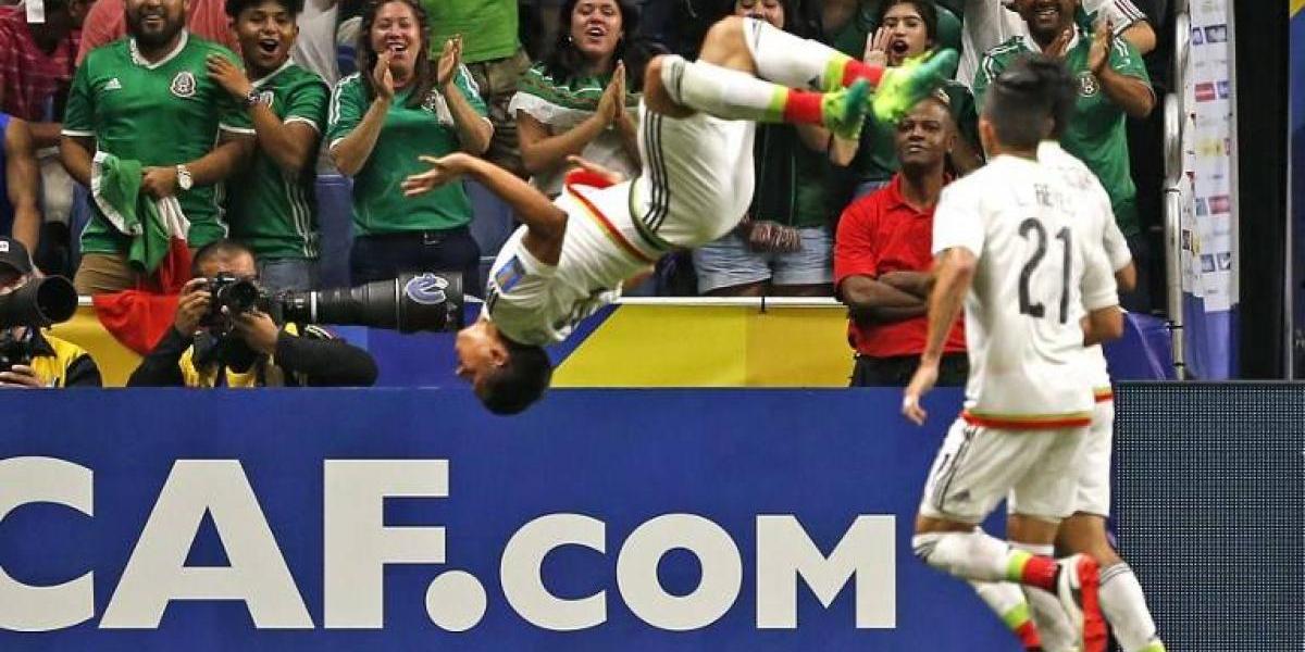 Sin brillo, México supera a Curazao y avanza primero de su grupo en la Copa Oro