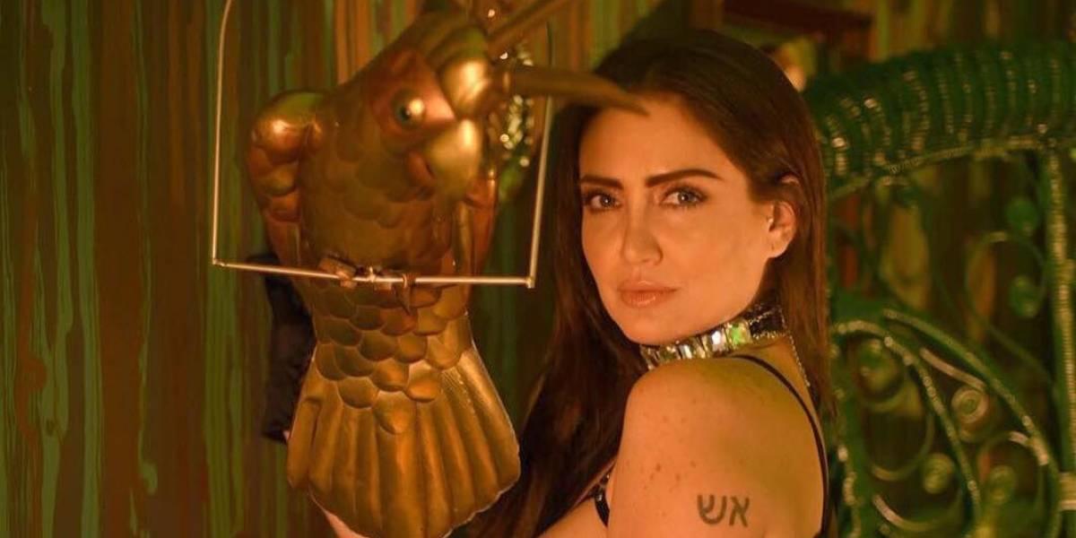 """Celia Lora desafía a Instagram y hace un """"free the nipple"""" total"""