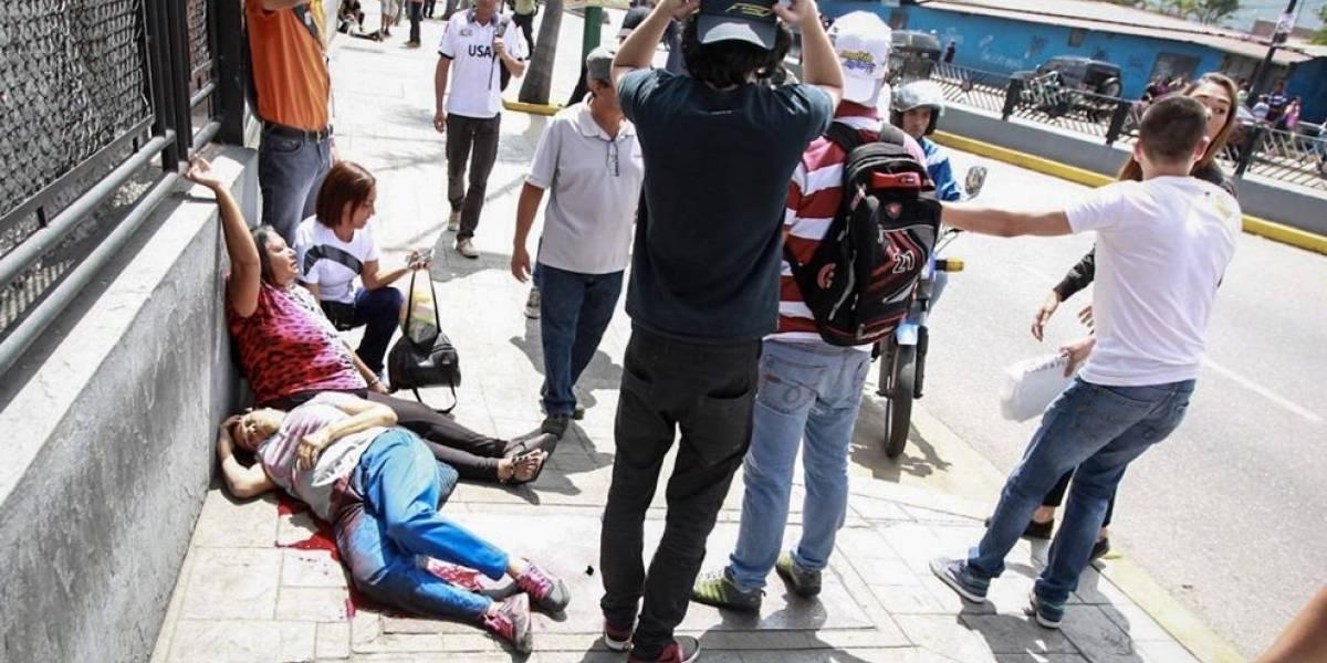 Al menos dos muertos y tres heridos en tiroteo durante plebiscito opositor en Venezuela