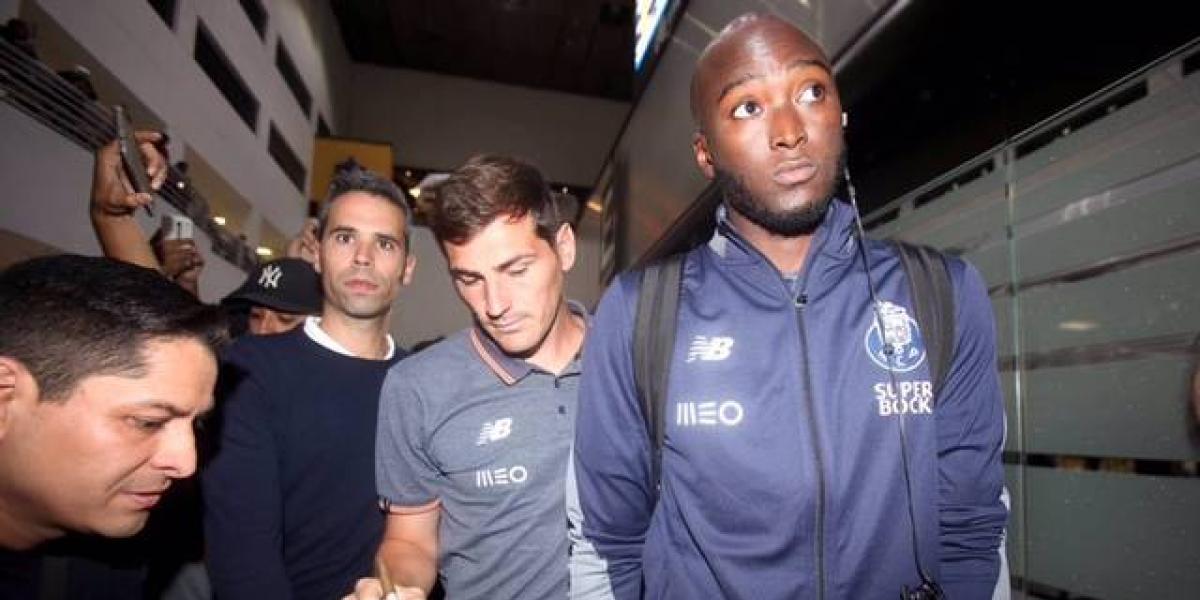 Iker Casillas desata la locura a su llegada a la CDMX