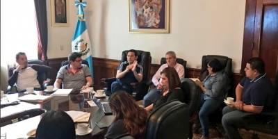 Reunión de última hora para definir acciones en obra vial