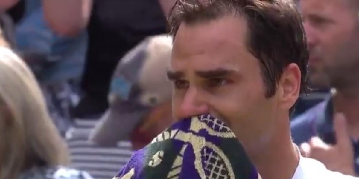 Federer rompe en llanto tras ganar en Wimbledon