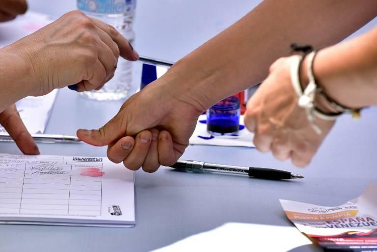 Votan contra Constituyente en Venezuela