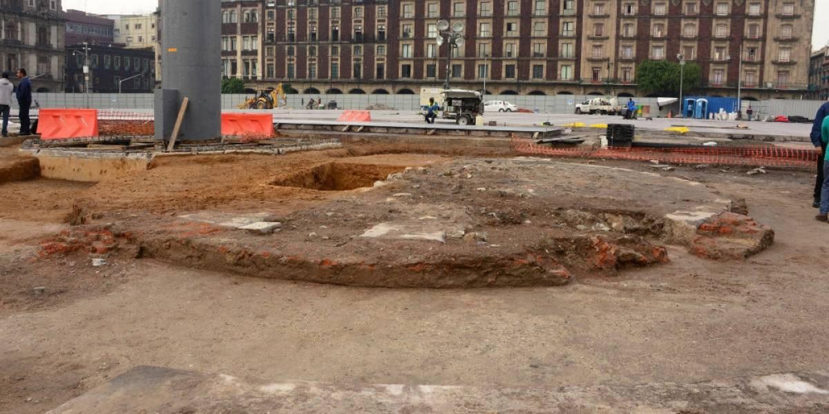 Arqueólogos coinciden en necesidad de proteger vestigios de zócalo original