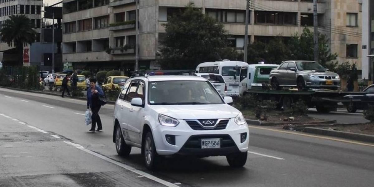 Seis meses tendrá el Gobierno para reglamentar taxis de lujo en Colombia