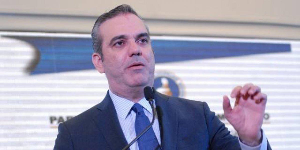 Luis Abinader pide a la sociedad estar atenta a la elección de jueces del TSE
