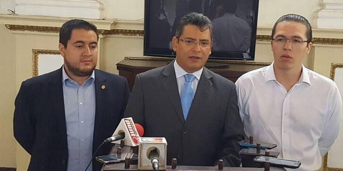 Antejuicio contra el ministro de Agricultura avanza en el Congreso