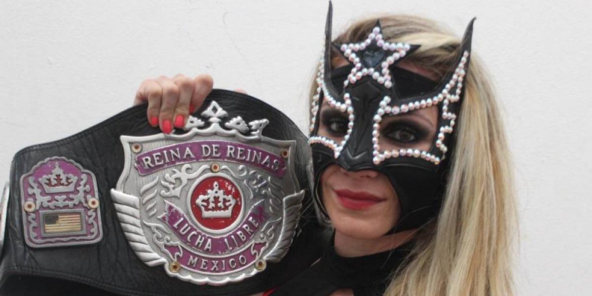 Sexy Star regresa a AAA y se convierte en la nueva Reina de Reinas