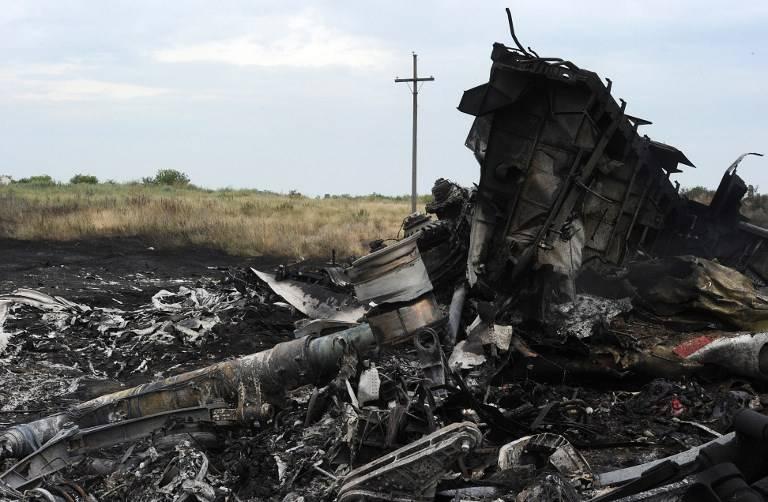 Restos del vuelo MH17 de Malaysia Airlines