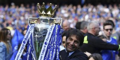 Antonio Conte seguirá en el banquillo del Chelsea por dos temporadas más