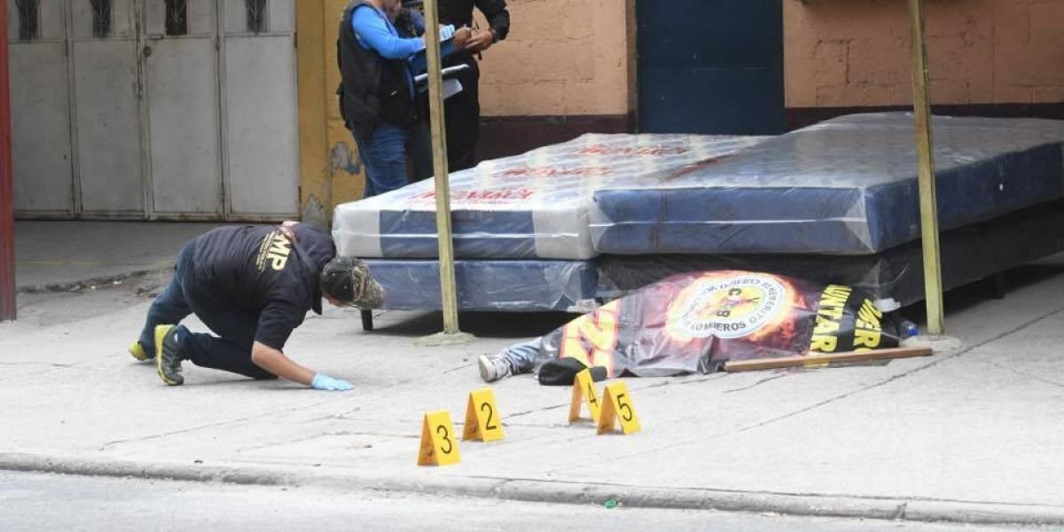 Asesinan a joven por no pagar extorsión en la zona 18