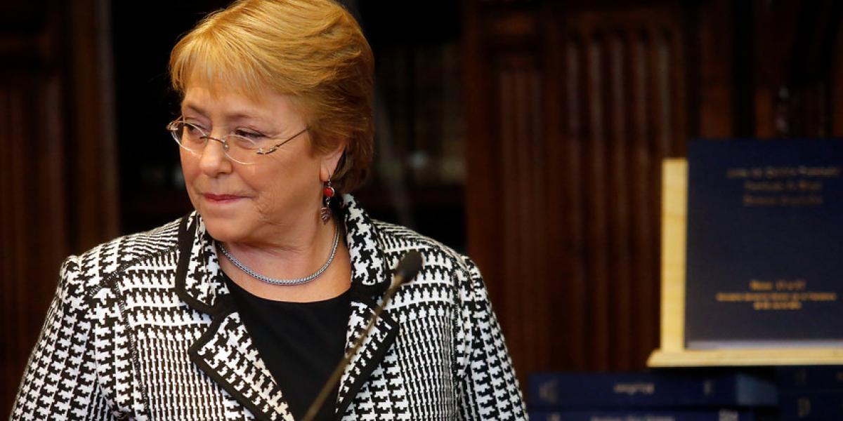 """Bachelet: """"El mundo de la centroizquierda no ha logrado generar nuevas respuestas"""""""