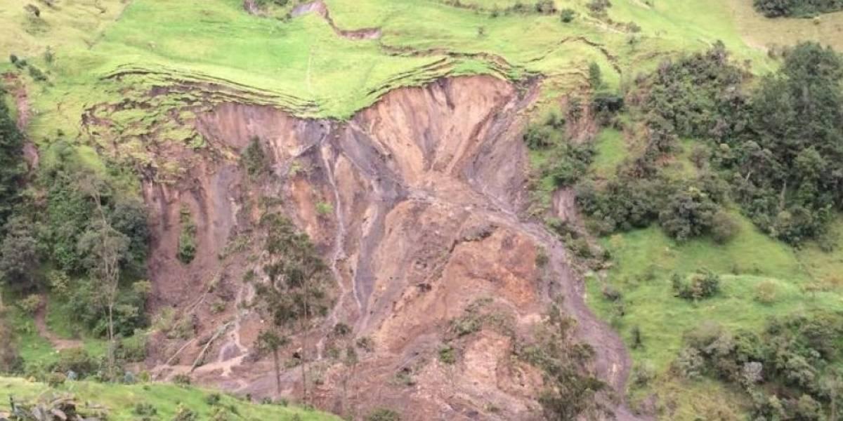 Riesgo de avalancha en La Calera por constantes lluvias