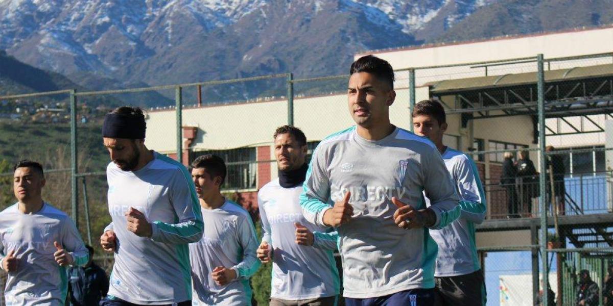 """Jeisson Vargas feliz con su regreso a la UC: """"Es mi casa, son como mi familia"""""""