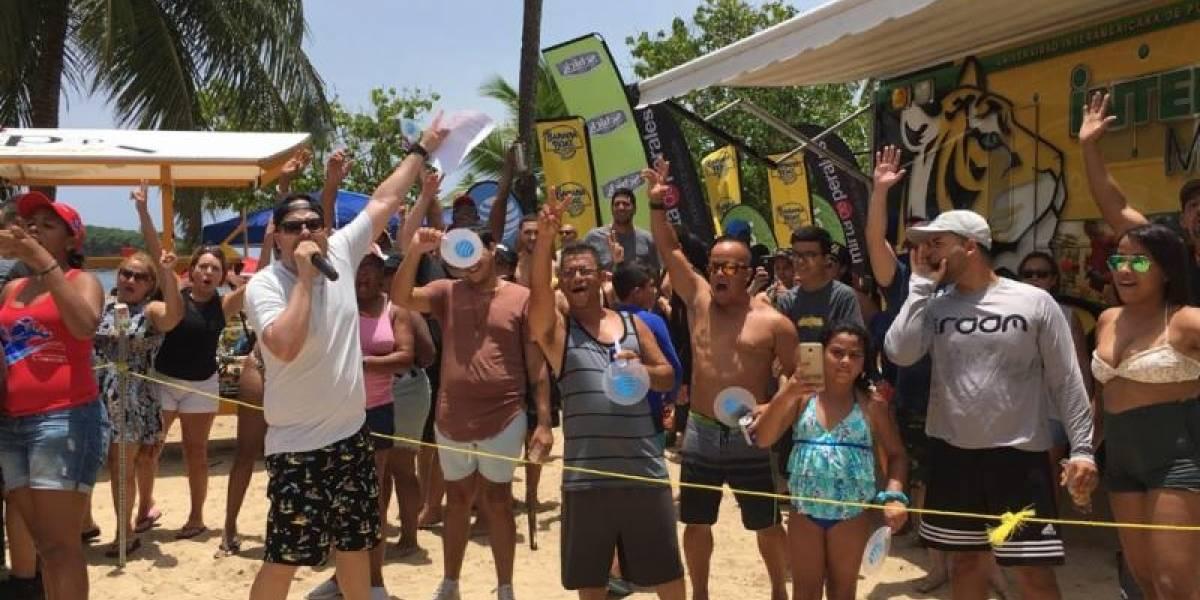 Molusco se apodera del balneario de Vega Baja