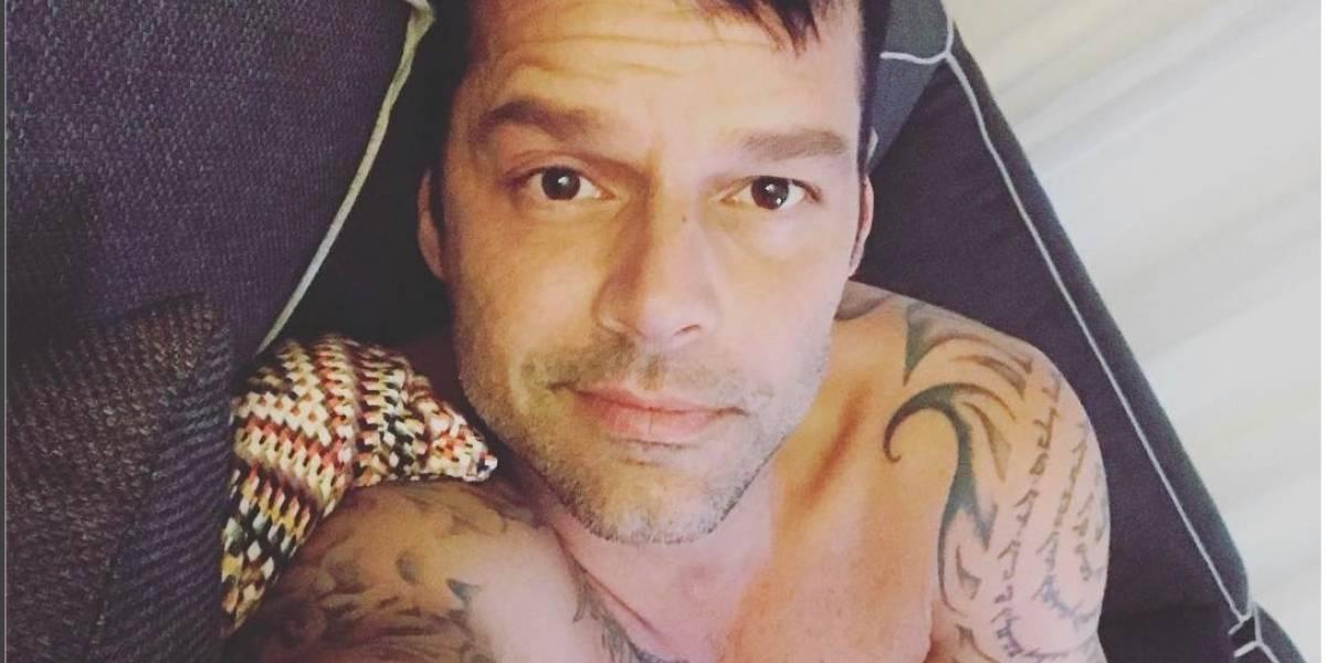 Ricky Martin se borra los tatuajes de... ¿las pompas?