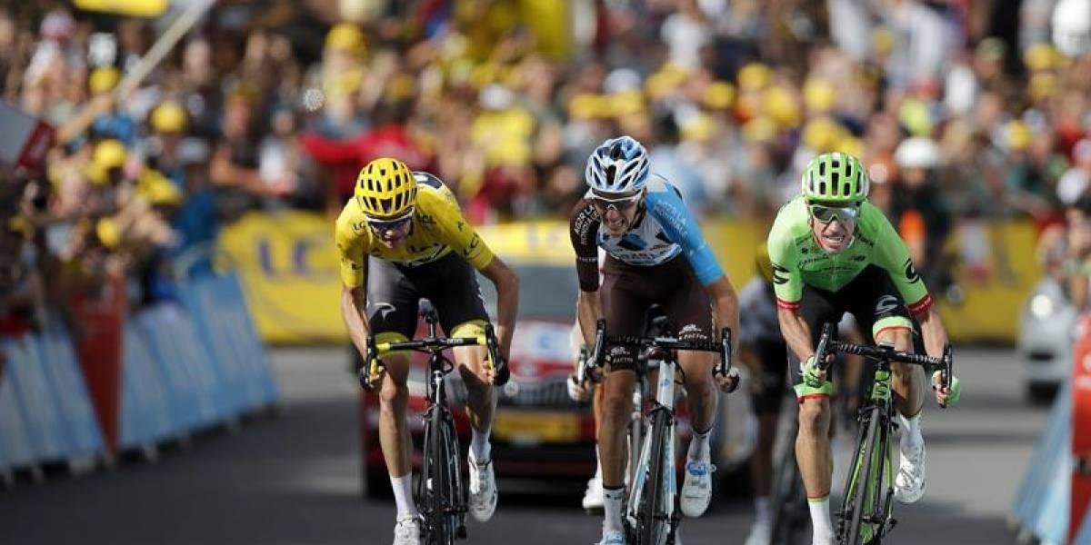 Romain Bardet criticó la estrategia de Rigoberto Urán en el Tour de Francia