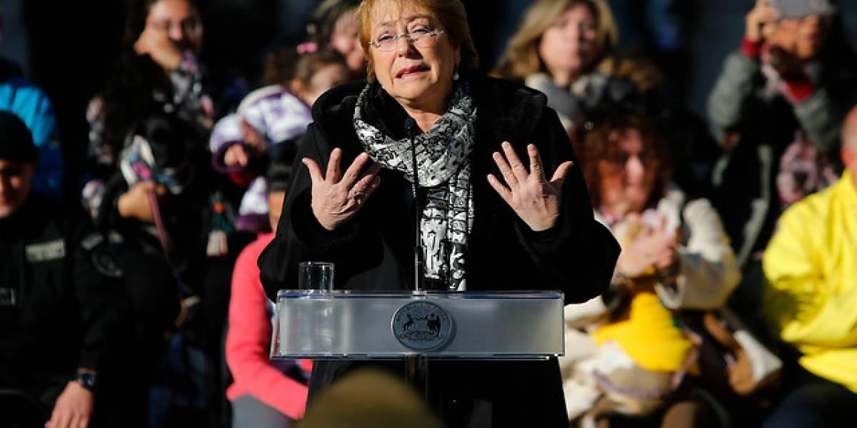 """Bachelet tilda de """"histórica"""" la aprobación de despenalización del aborto en tres causales"""