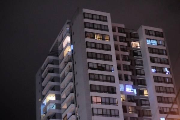 """Comprar una vivienda en Chile se está haciendo """"severamente inalcanzable"""""""