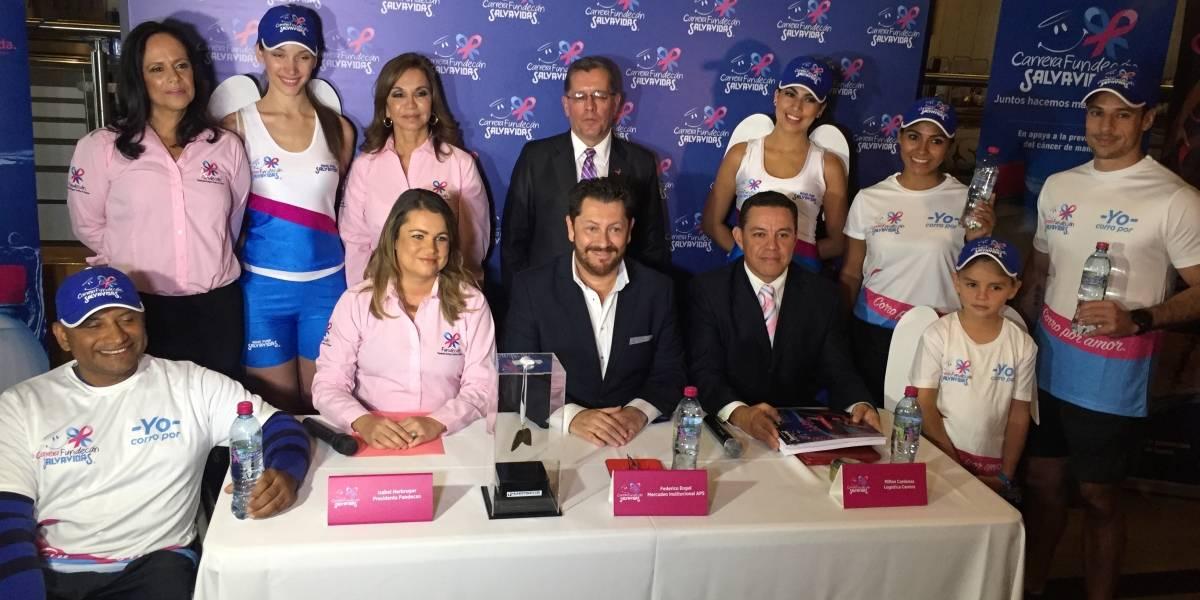 Corre en favor de las víctimas de cáncer de mama en la carrera Fundecán Salvavidas
