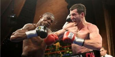 Arrestan a ex campeón mundial de boxeo en Arkansas