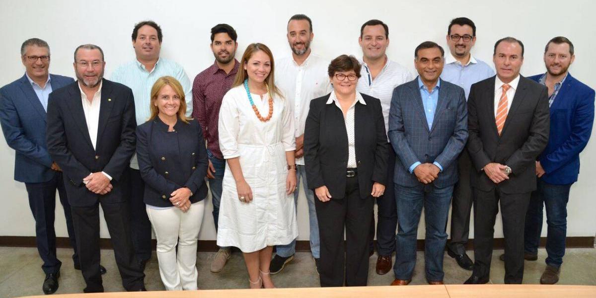 Gustazos anuncia alianza en República Dominicana