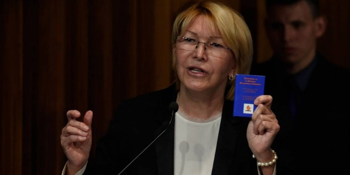 "Fiscal venezolana promete seguir ""peleando"" pese a amenazas"