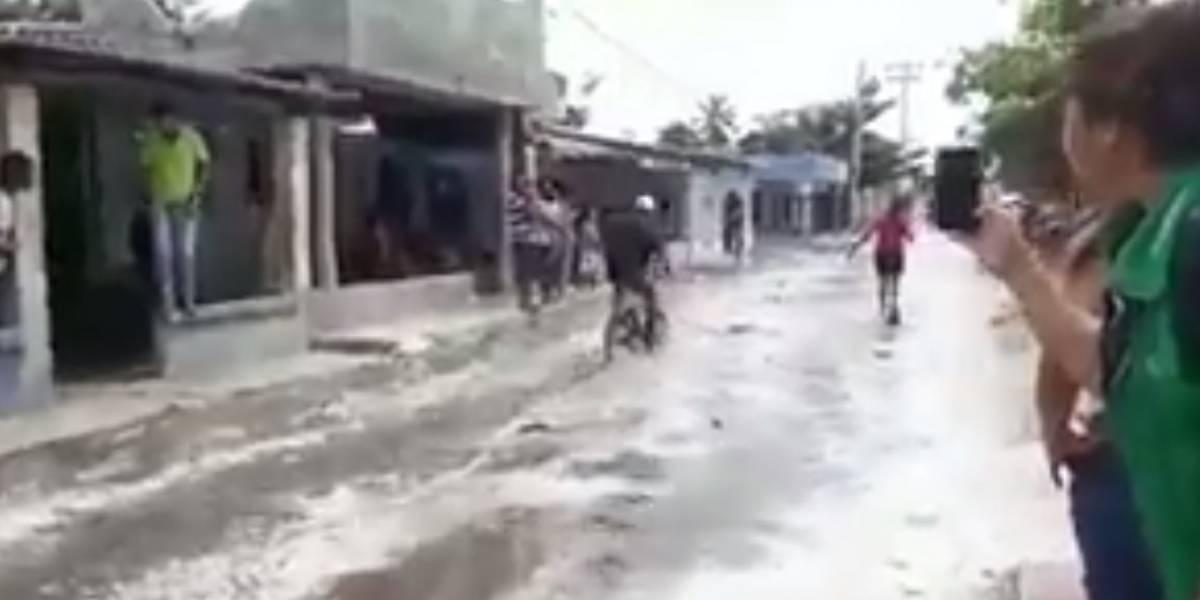 Ola gigante provoca evacuación de habitantes de Ciénaga y poblaciones costeras del Magdalena