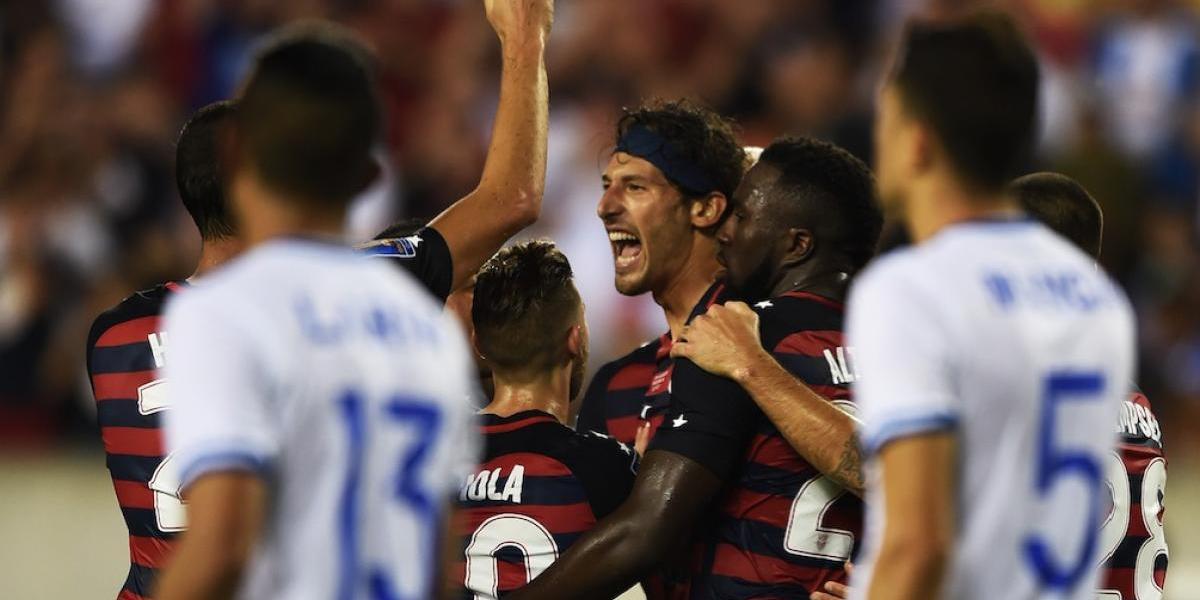 VIDEO. Estados Unidos derrota a El Salvador y buscará la final ante Costa Rica