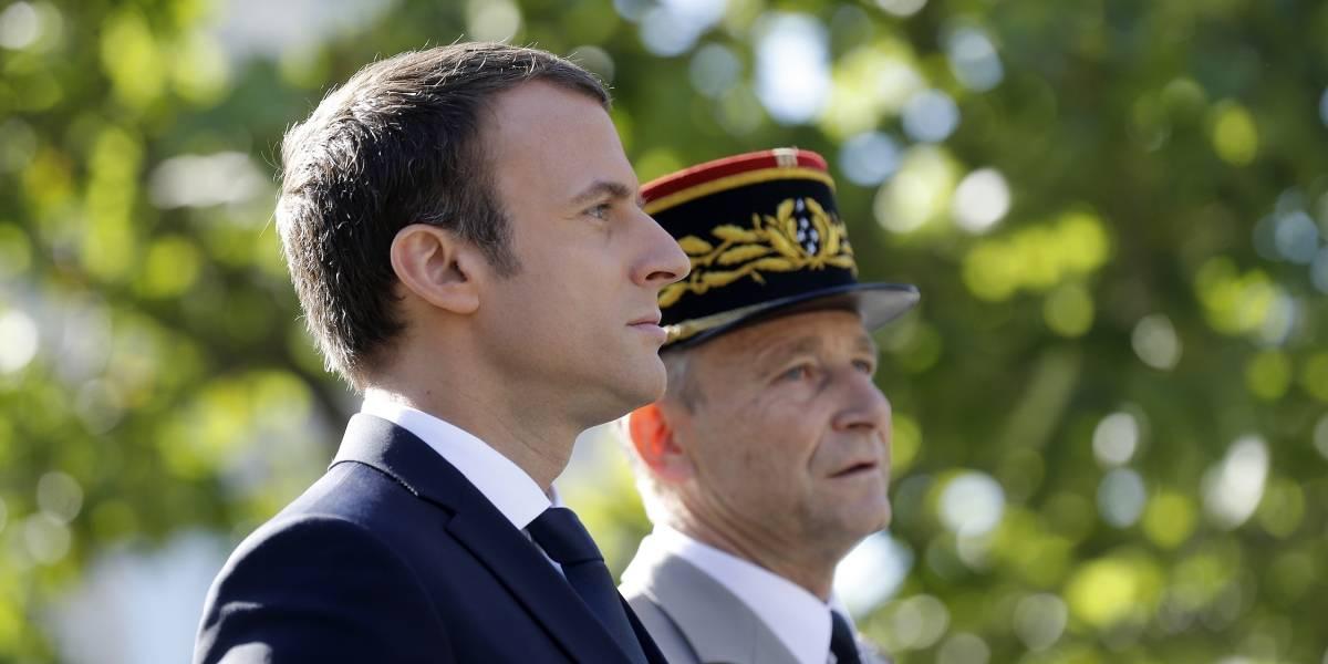 El jefe del ejército francés renuncia por disputa con Macron