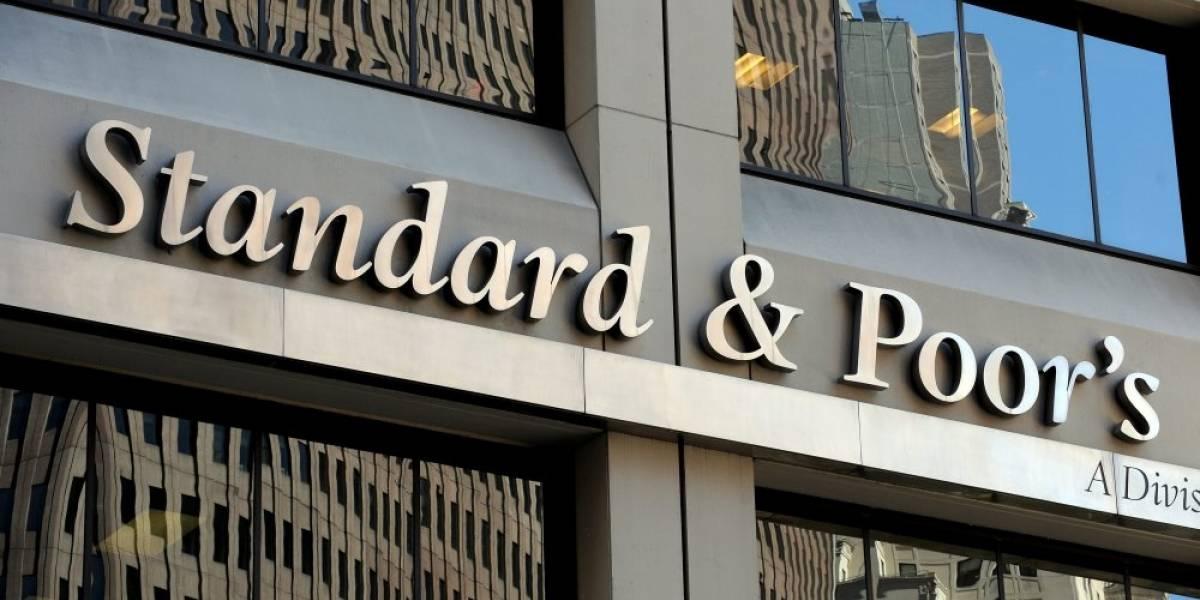 Standard & Poors mejora la calificación de la deuda mexicana