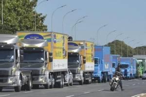 https://www.metrojornal.com.br/foco/2018/05/25/governador-de-sp-determina-que-policia-multe-caminhoes-que-bloqueiam-ruas-e-estradas.html