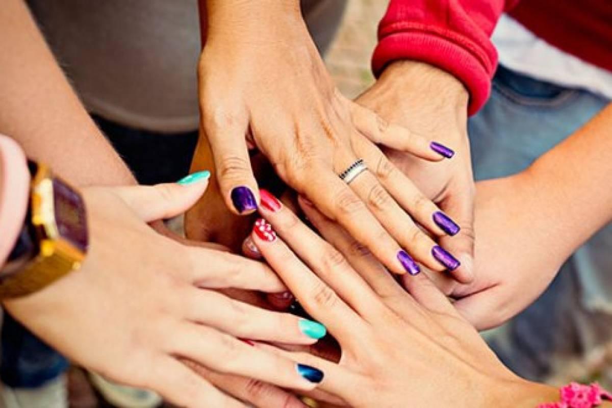Aunque parezca tarea imposible lograr unas uñas perfectas y sanas es más  fácil de lo que piensas 970062ce413c
