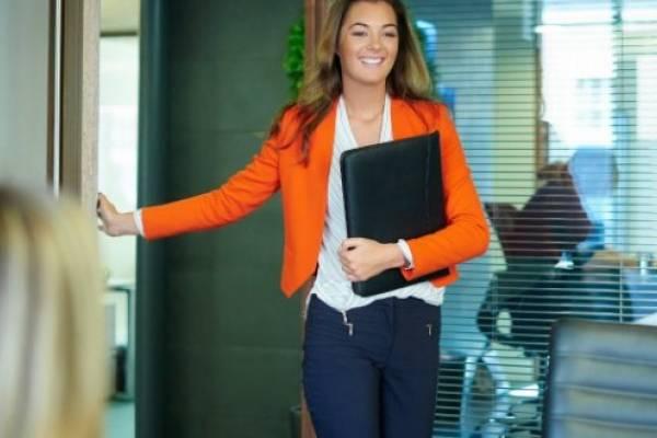 f559c815b Cómo vestir bien para una entrevista de trabajo  5 consejos para ...