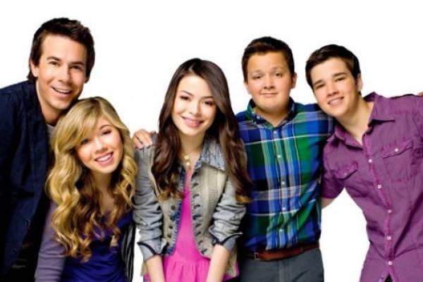 Actor de 'iCarly' se convierte en papá de una niña