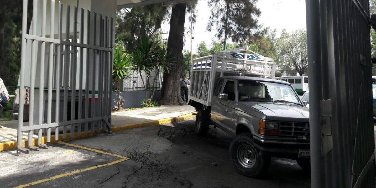 Irrumpen instalaciones de Sagarpa en la CDMX